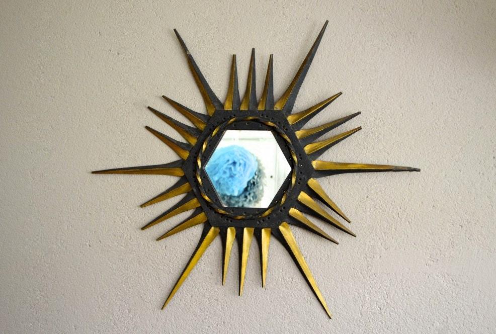 Miroir soleil en m tal industriel vintage brutaliste indus for Miroir soleil metal