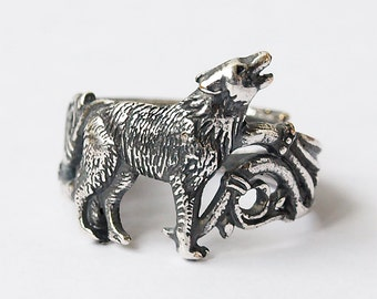 Wolf ring, Howling wolf, Wolf, Wolf jewelry, Silver plated ring, Animal ring, Wild animal, Dog ring, Modern ring, Howling, Wolves
