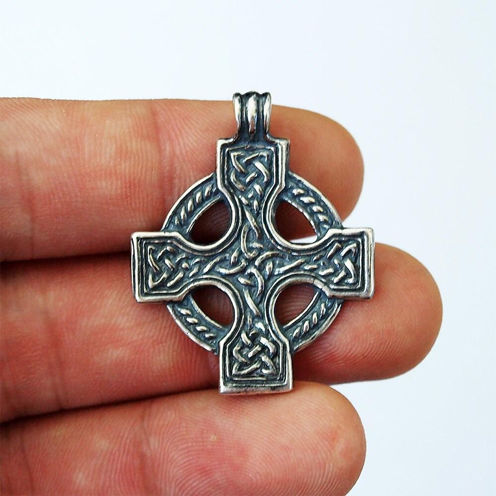 celtic cross cross necklace cross pendant celtic jewelry. Black Bedroom Furniture Sets. Home Design Ideas
