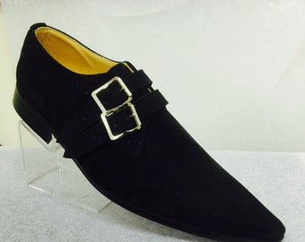 2 Strap winklepicker shoe in black suede