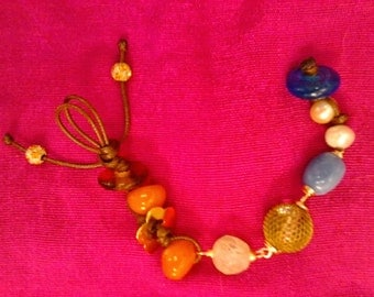 Carefree 2 - beaded bracelet
