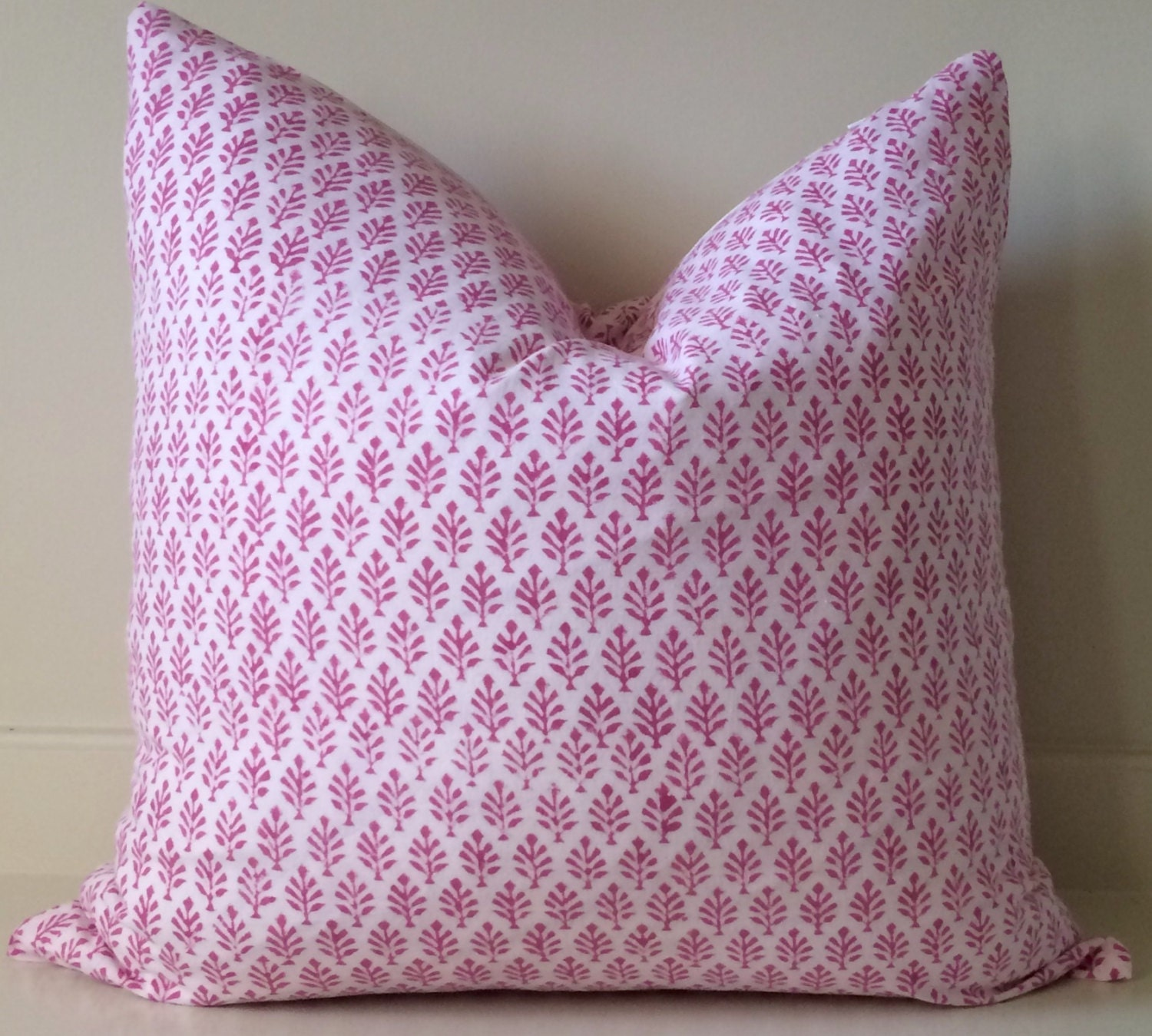 Modern Pillows Etsy : Pink Pillow Cover/ modern pillows / 16x16/ 18x18 / hand block