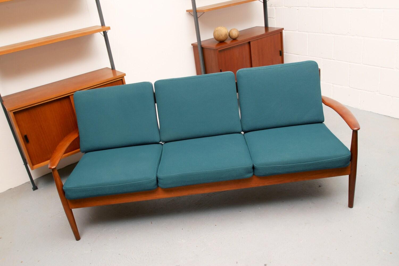 60er teak sofa grete jalk france son haute juice. Black Bedroom Furniture Sets. Home Design Ideas
