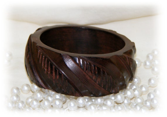 CARVED WOOD CUFF  Bracelet . . Never Worn