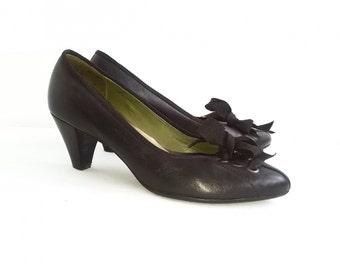 SALE Black heel shoes US 8.5 / 9 Vintage European 39 Spain