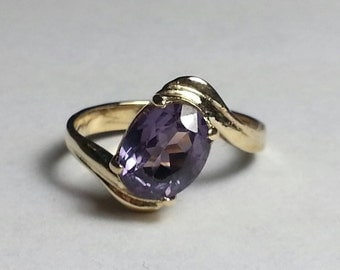 Purple Topaz 14k Gold Ring