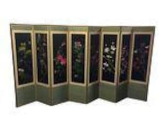 Stunning Embroidered Asian Screen