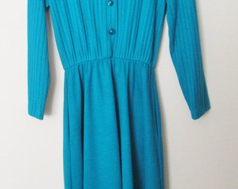 Womans 80s Dress by Willow Ridge-Turquoise color, crew neckline, longsleeves, shoulder pads, elastic waistline matching belt. Elegant style.