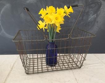 Wire Shopping Basket Vintage - Industrial - Primitive - Rustic - Market Basket