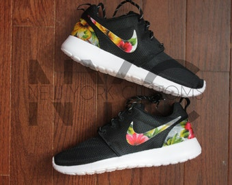 Womens Nike Roshe Run Palm Trees