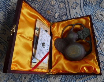 Chinese Liao Ink - Calabash Shape STONE TABLET..New Wood Case & Papers..2008 Bio-Pharmtech #9074.. Free usa Shipping!!