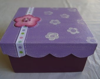 Medium gift box, Jewelry box, Decorative box, Treasure box