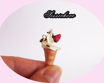 charm vanilla ice and his little Strawberry 3D (fimo)