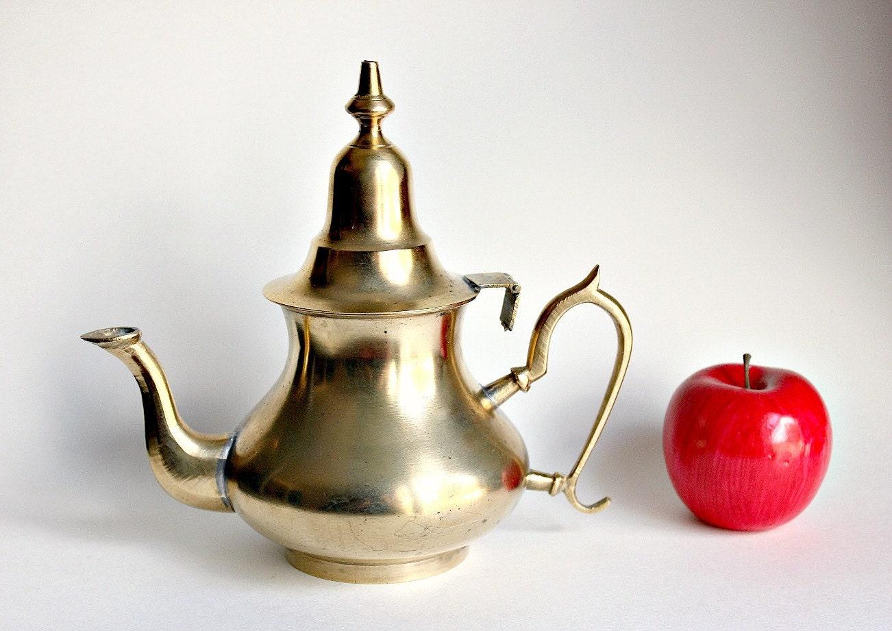 Gold brass teapot vintage genie aladdin lamp style tea pot - Aladdin teapot ...