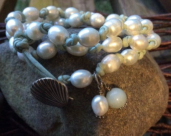 Beautiful big hole leather pearl bracelet! MOTHER'S DAY,BIRTHDAY'S