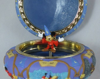 Disney Fantasia Sorcerer Mickey Mouse Music Box Round Jewelry Box Trinket Apprentice Hat Vintage RARE