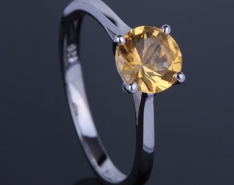 1.00cts Natural Yellow Citrine Solitaire Ring. Citrine is November Birthstone!