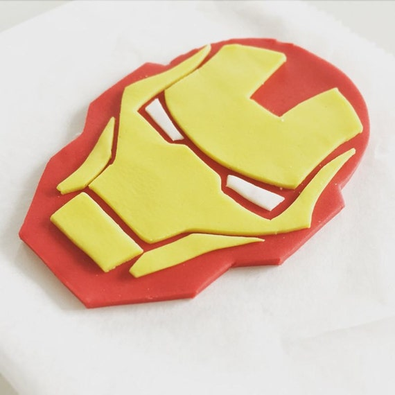 Iron Man Cake with 2D mask pictorial Cake by Sugargourmande