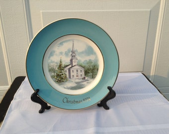 Avon Christmas Plate ~ 1974 Christmas Plate ~ Country Church ~ 22 Karat Gold Wedgwood