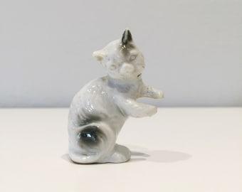 small vintage ceramic cat figurine JAPAN