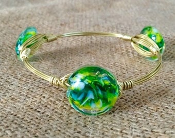 The Milky Way, Gold or Silver Wire Wrapped Green Glass Beaded Bauble Bangle Bracelet