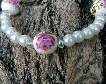 Rose garden glass bead bracelet