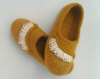 Felted Slippers, women's slippers, warm slippers, home slippers, handmade slippers