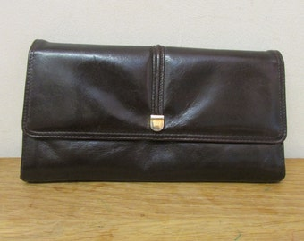 Vintage brown leatherette/vinyl envelope clutch bag