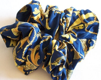 Great  blue and gold scrunchie trimmings vintage patterned