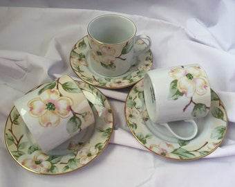Set of 2 Fairfield Fine China Tea Cups and Saucers Dogwood Pattern