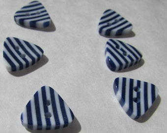 Pack of 6 Triangle Shaped Blue Stripe Buttons