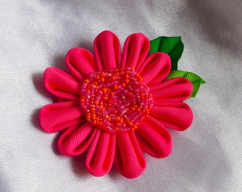 Hot pink Gerbera daisy hairclip