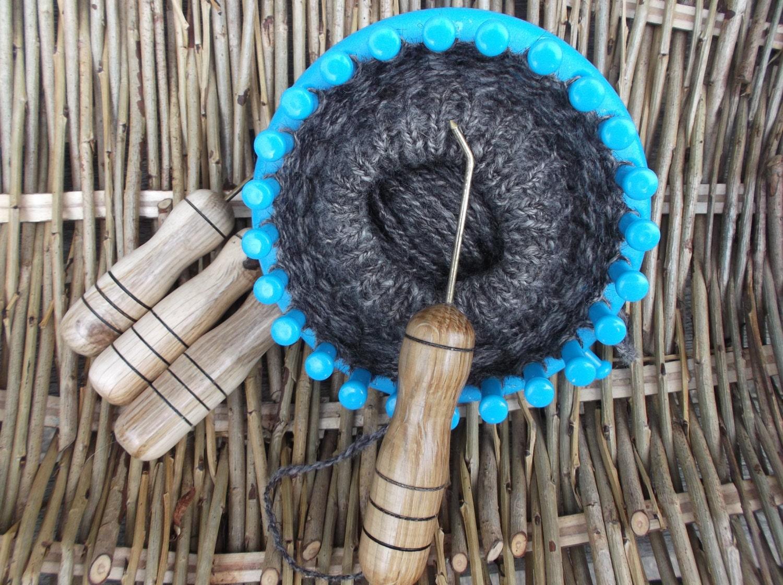 Knitting Hooks : Knitting loom hook