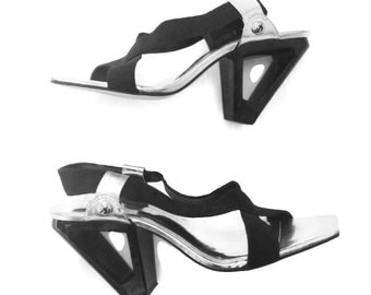 90's Triangle Cutout Wedge Heel Strappy Sandals Size 9.5