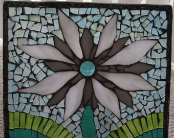 Stained Glass Mosaic White Flower w/ Stand