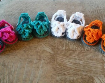 Crocheted Baby Girl Crocodile Stitch Sandals Flip Flops
