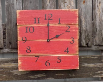 Rustic Red Wall Clock, Barn Clock, Primitive Clock, Pallet Wood Clock, Farm Clock, Red Wood Clock, Rustic Wood Clock, Primitive Country