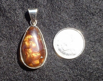 Fire Agate Pendant set in sterling silver
