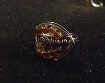Celtic Love Knot Ring / Gunmetal Wire Wrapped Ring / Beaded Ring / size 6