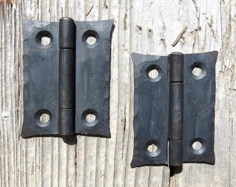 """2 Hand Forged 2"""" BUTT DOOR HINGES Cabinet Cupboard Box Decor Wrought Iron Blacksmith Period Country home Antique Hardware waxed Black Metal"""