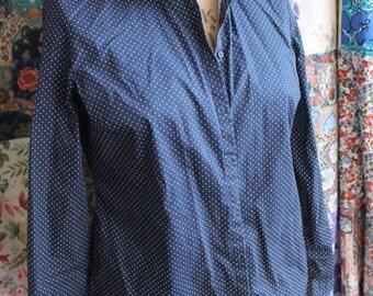 navy blue polka dot shirtREF225