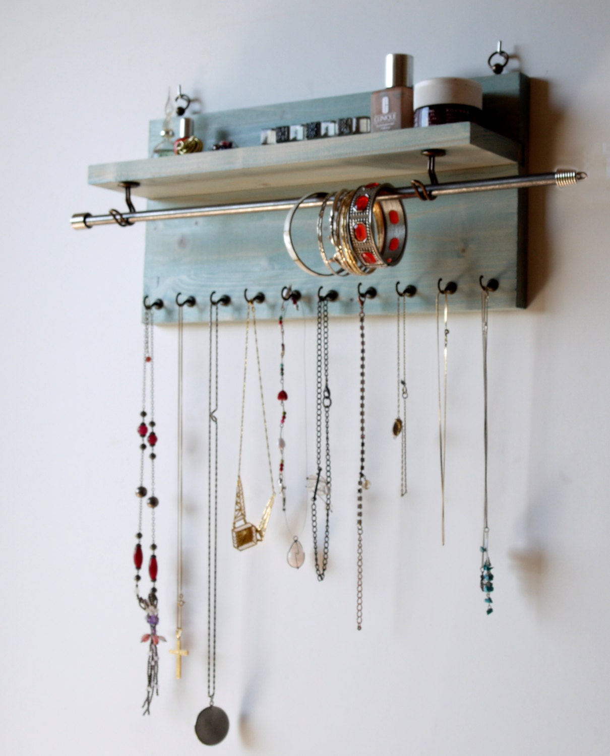 Jewelry organizer necklace display aqua blue wall mounted - Fabriquer un porte bijoux mural ...