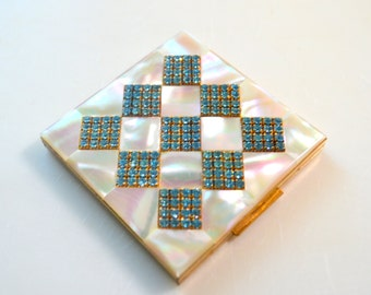 Vintage Elgin American Powder Compact, Mother of Pearl and Rhinestones, White and Turquoise Diamond Pattern, Magnificent