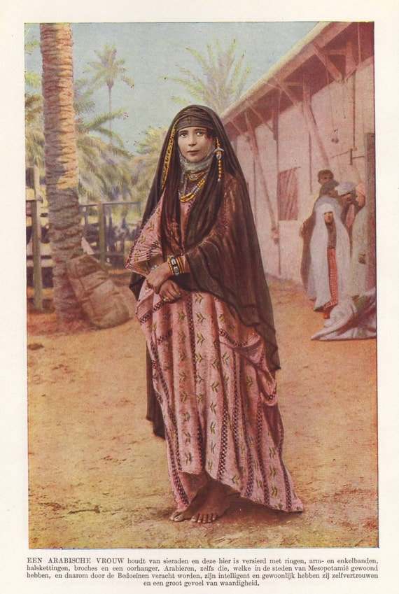 arab in traditional clothing original 1930 print