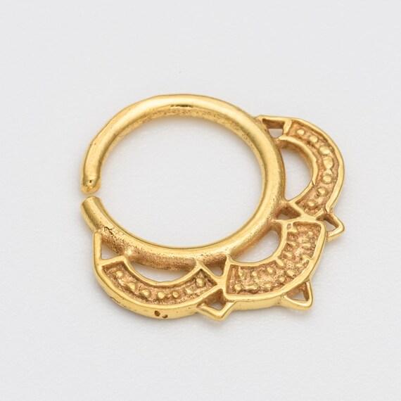 Tribal Septum Ring for pierced nose. septum jewelry. septum piercing. gold septum ring. tribal septum ring. nose jewelry. indian septum. rs2