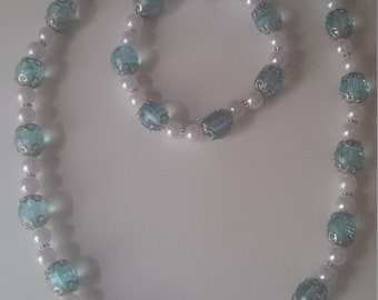Aqua & White Beaded Jewelry Set   (#365)