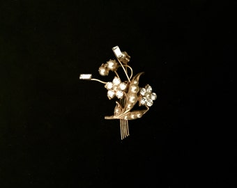 Deco Pearl and Rhinestone Pin: Vintage 1920's                                                            VG1146