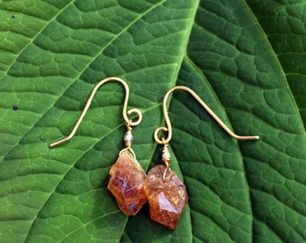 Amber colored uncut raw crystal drop earrings with gold earwires