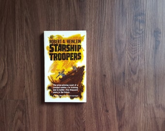 Starship Troopers by Robert A. Heinlein (+free shipping)