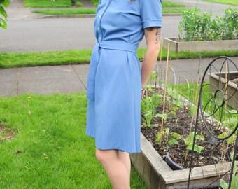 Adorable vintage blue jumper
